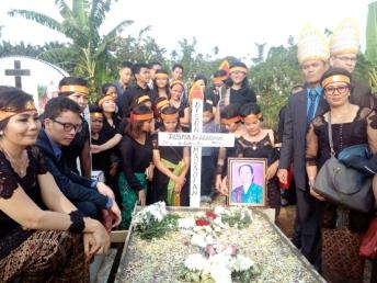 Penguburan Acara Saur Matua Op. Ruben Pangabean di Medan